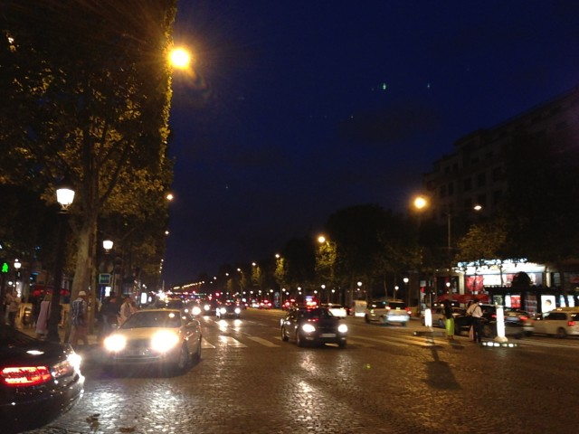 night Champ-Elysees