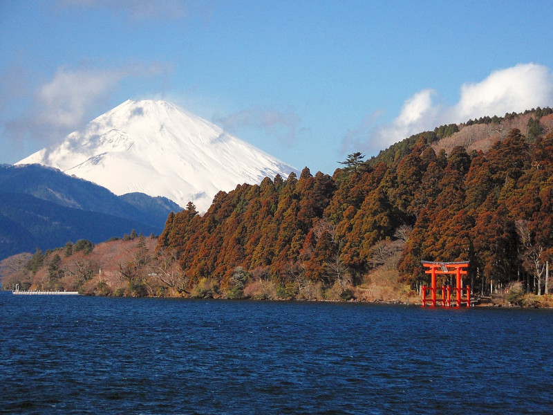 1280px-LakeAshi_and_MtFuji_Hakone