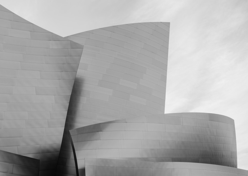 Walt_Disney_Concert_Hall_Partial_View_sw_2013
