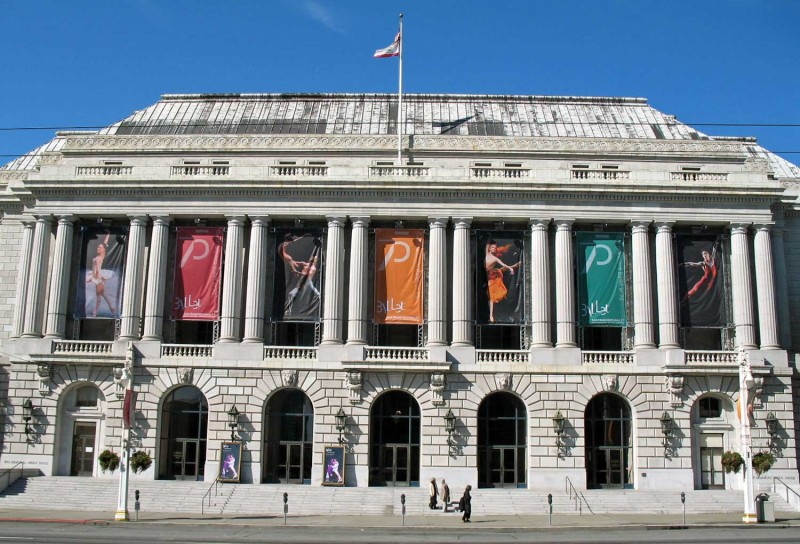 War Memorial Opera House in San Francisco