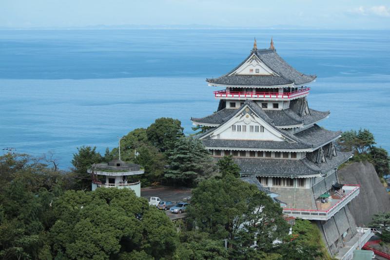 Atami_Castle_20120915