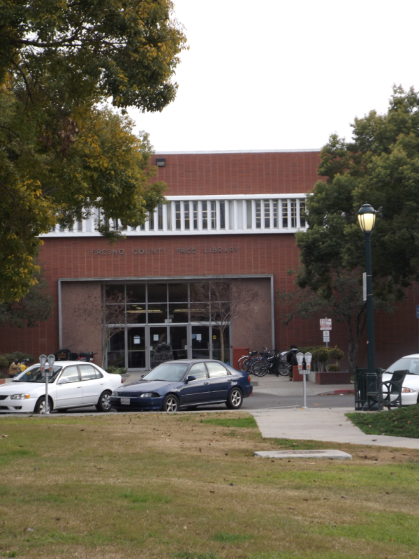 Fresno_County_Public_Library_(Central)