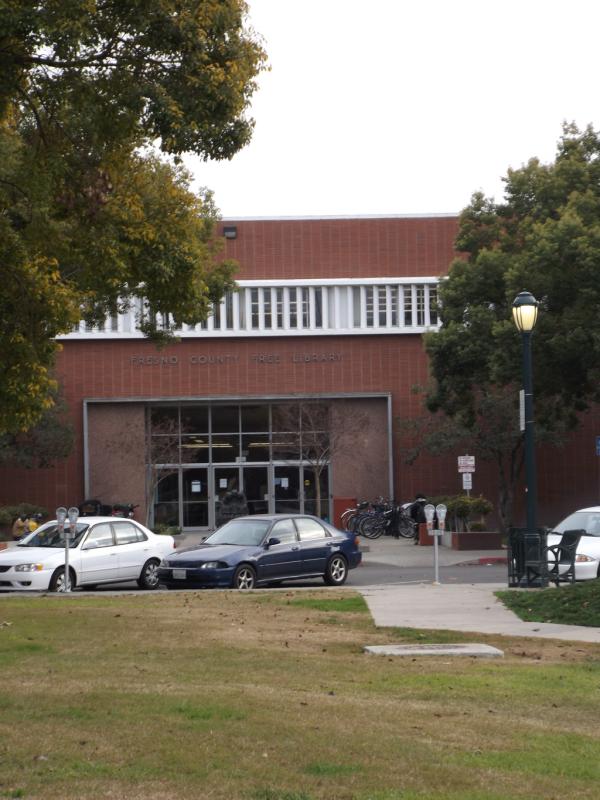 Fresno_County_Public_Library_(Central)