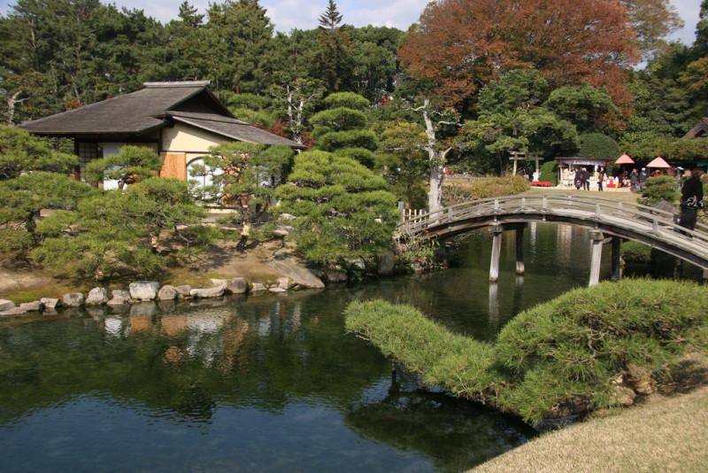 Korakuen-Garden-Park-in-Okayama