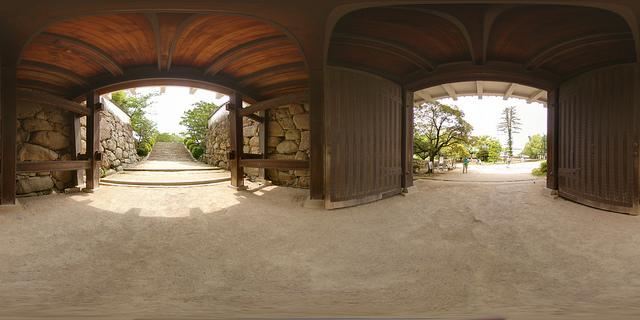 Okayama-castle-gate